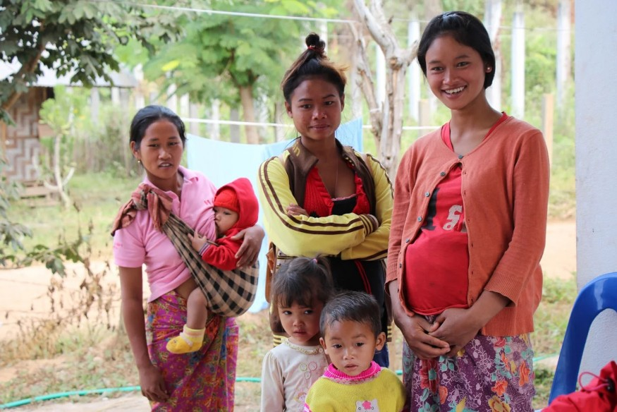 Birth work in Laos